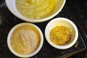 The initial ingredients:  spices (except ground cumin), ground cashews, and the garlic-ginger paste